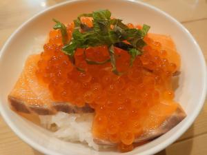 鮭とイクラの海鮮親子丼