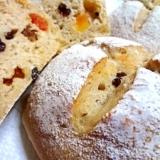 ドライフルーツの甘いパン