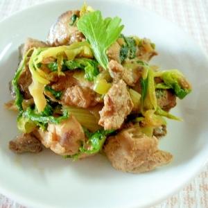 煮豚とセロリのマヨネーズ炒め
