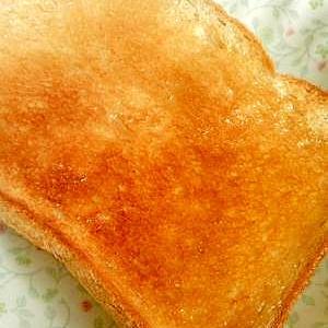忙しい朝はハチミツマーガリントースト♪