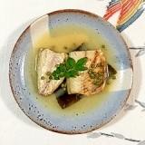 山椒の実を入れて、塩鯖の味噌煮