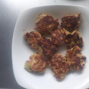 豆腐とネギを使ったあっさりひと口ハンバーグ