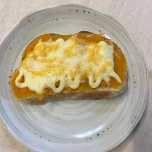 簡単☆カボチャマヨでチーズトースト