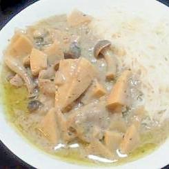 素麺で食べるグリーンカレー