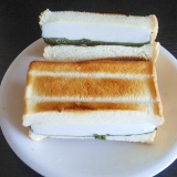 はんぺんチーズのホットサンド