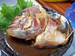 タイのアラ煮