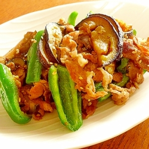 豚肉と夏野菜のにんにくごましょうゆ炒め