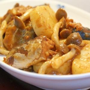 サバ缶と長芋のきのこ炒め煮