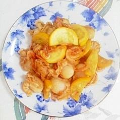 ズッキーニ、ベビー帆立、桜えびの炒め物
