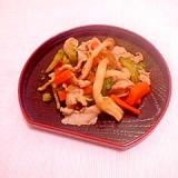 豚肉とニガウリのスパイス炒め