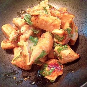 鶏肉と紫蘇の炒め物