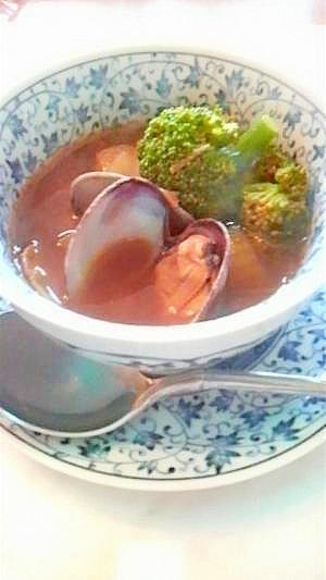 ブロッコリーとアサリの春爛漫カレースープ
