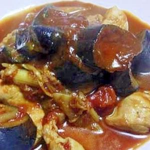 簡単豪華 鶏胸肉とナスとセロリのトマト煮