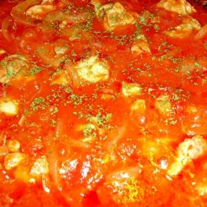 """みんな大好き♪我が家の""""鶏肉と玉ねぎのトマト煮"""""""