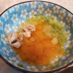 離乳食中期★鳥もも肉と白菜かぼちゃの煮物