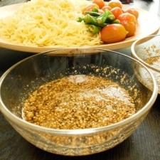 市販の冷やし中華を使ってつけ麺のタレ