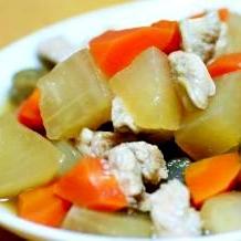 あっさり鶏肉と根菜の煮物