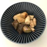 分量簡単。バーミキュラで絶品里芋と仲間たちの甘煮。