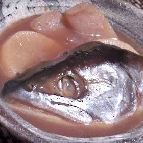 圧力鍋で時短、鮭と大根の煮物