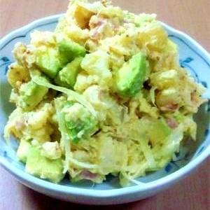 レンジで簡単♪アボカドとポテトのサラダ