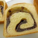 たっぷりあん食パン 手作りパン あんパン