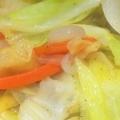 キャベツと人参と新玉ねぎの野菜炒め