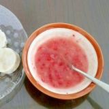 離乳食後期 バナナ寒天★イチゴソースを添えて★