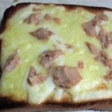 ツナチーズトースト