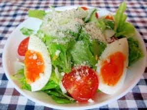 サラダ菜のグリーンサラダパルメザン風味