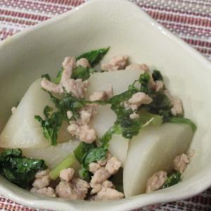 鶏ひき肉と大根の煮物