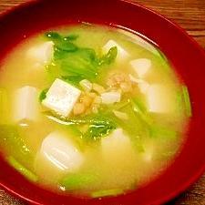 毎日のお味噌汁186杯目*納豆、豆腐、セリ
