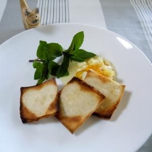 食パンで簡単ハートカナッペ
