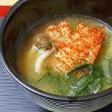 函館グルメ☆ 「浜ゆでクリガニ&味噌汁」