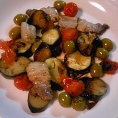 アクアパッツア風味の肉野菜炒めです。