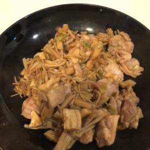 【簡単・スピード】キノコと鶏肉の焼肉炒め
