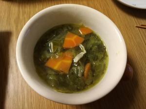 キャベツの外っ葉で作る野菜スープ