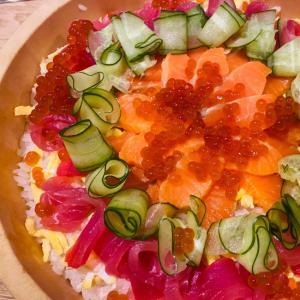 ひなまつりのお花ちらし寿司