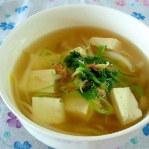 豆腐ともやしのコンソメスープ