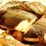 簡単ヘルシー、白身魚としめじのバターホイル焼き