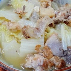コクと旨味! 「たっぷり白菜のスープ煮」
