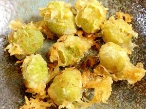 オリーブの実の天ぷら