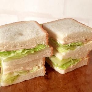 ハムチーズレタスのサンドイッチ☆