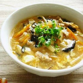 黒酢でサンラータン麺。