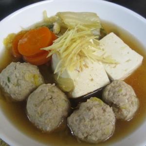 白菜と肉団子の生姜スープ