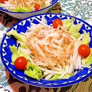 大根とカニカマのサラダ(中華ごまドレッシング)