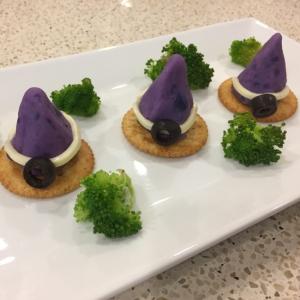 【ハロウィン2016】 紫芋の魔女の帽子カナッペ