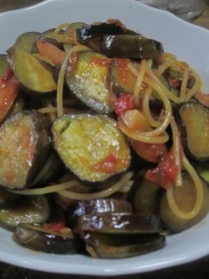 うまい ナスとソーセージのトマトソーススパゲティ