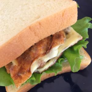 チーズ納豆サンドイッチ