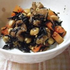少しずつ食べる幸せ!大豆とひじきの煮物♪