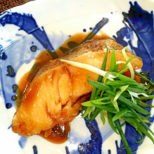 水を使わず極ウマ煮魚⭐メロ(銀むつ)煮付け♪